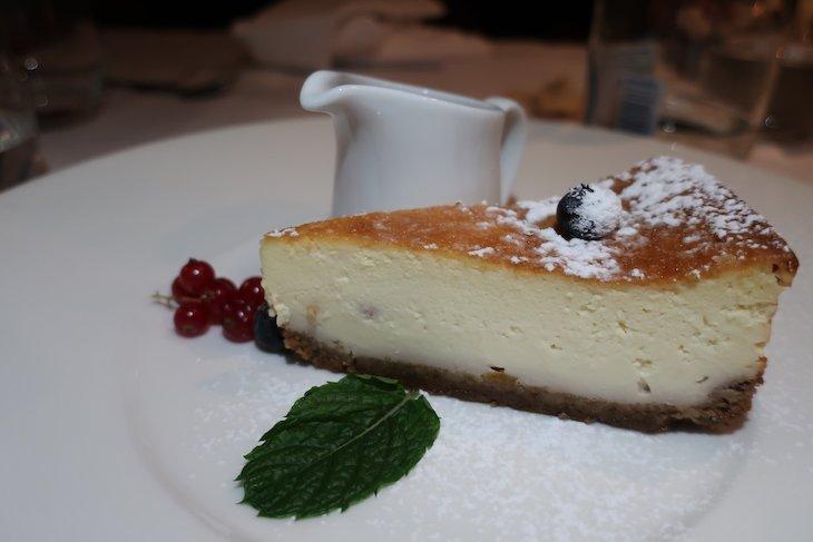 Cheesecake no Restaurante Kogel Mogel - Cracóvia - Polónia © Viaje Comigo
