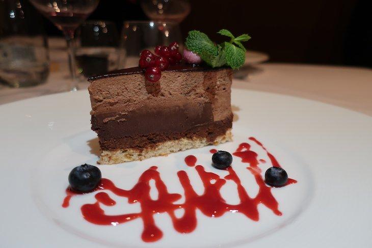 Bolo de chocolate no Restaurante Kogel Mogel - Cracóvia - Polónia © Viaje Comigo