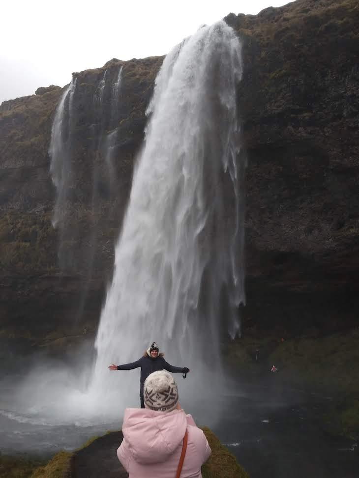 Fotografia na cascata Seljalandsfoss - Viagem à Islândia: testes do Galaxy A9, Samsung © Viaje Comigo