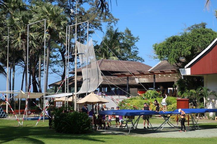 Trapézio no Club Med Phuket - Tailândia © Viaje Comigo