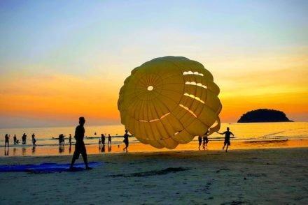 Kata Beach, Phuket - Tailândia © Viaje Comigo