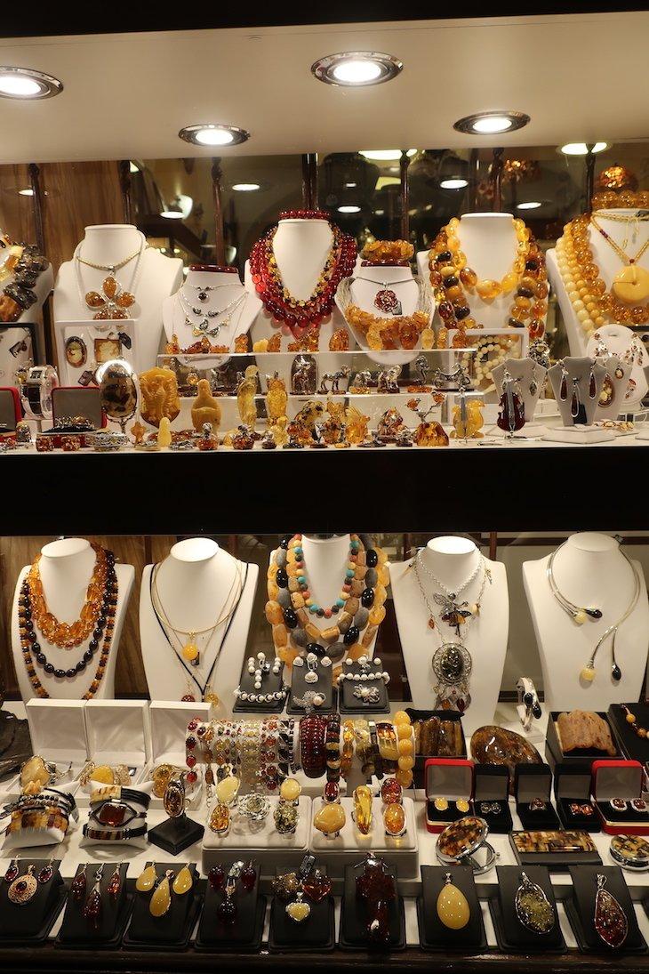 Lojas que vendem âmbar - Varsóvia - Polónia © Viaje Comigo