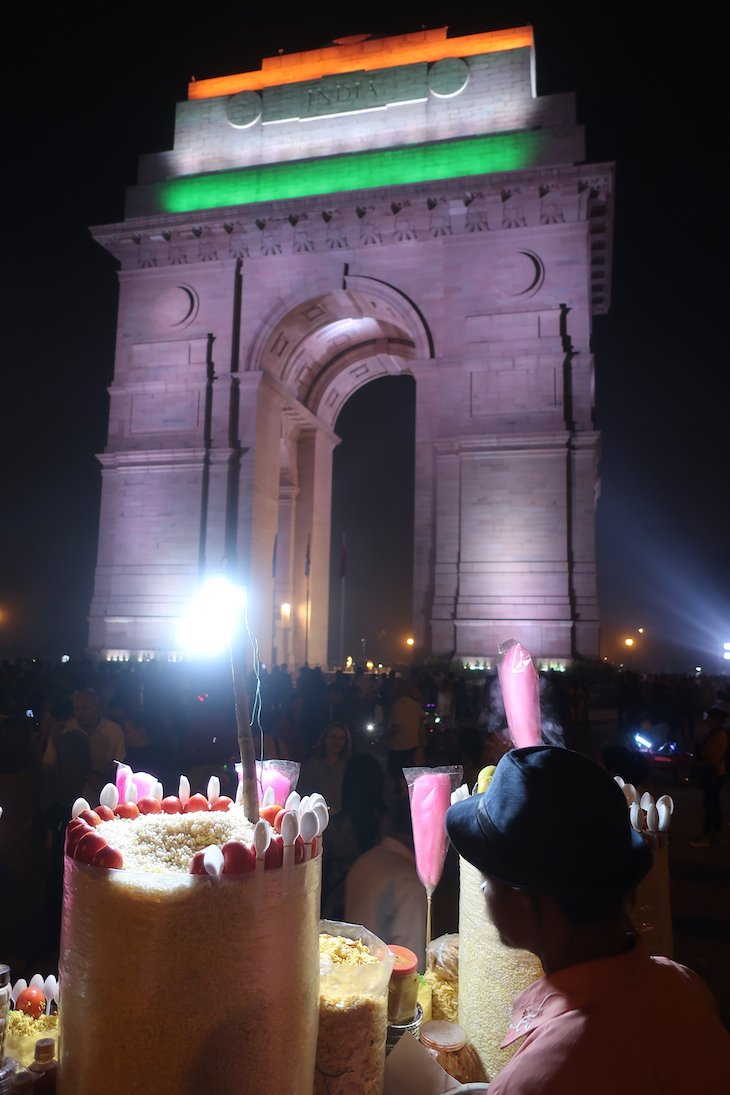 Na Porta da Índia, Nova Deli - Índia © Viaje Comigo