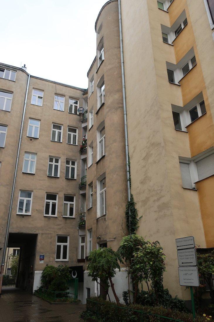 Edifícios junto do muro do gueto - Varsóvia - Polónia © Viaje Comigo