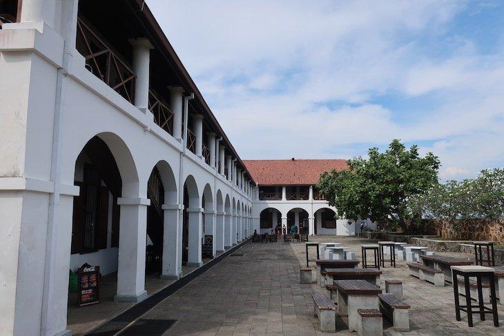 Esplanada do Old Dutch Hospital - Galle - Sri Lanka © Viaje Comigo