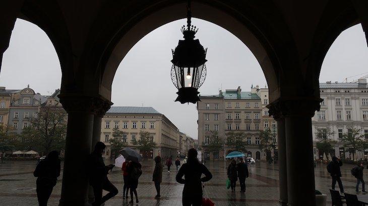 Mercado dos tecidos - Cracóvia - Polónia © Viaje Comigo