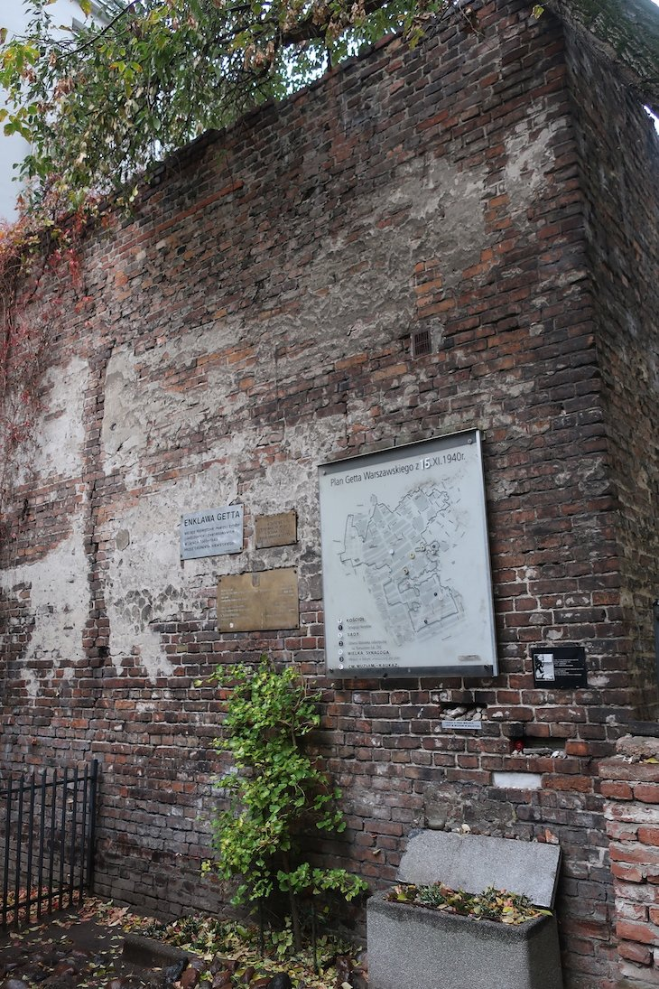 Muro do gueto - Varsóvia - Polónia © Viaje Comigo