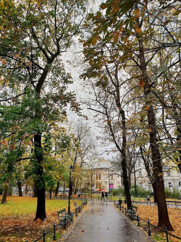 Parque Planty - Cracóvia - Polónia © Viaje Comigo