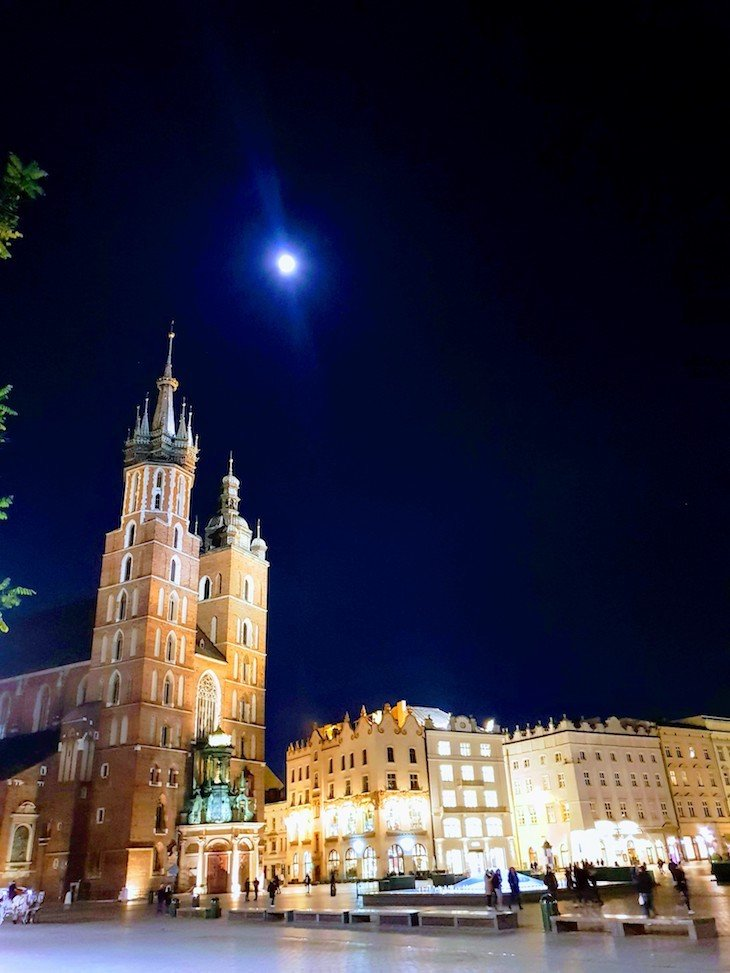 Praça do Mercado, Cracóvia, Polónia © Viaje Comigo