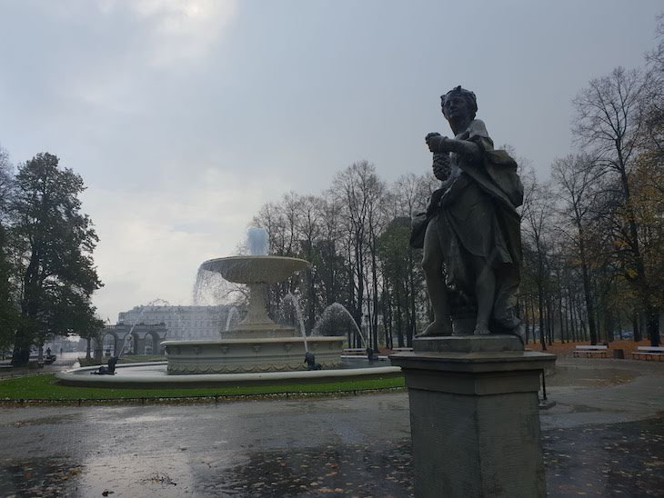 Parque e jardim Ogrod Saski - Varsóvia - Polónia © Viaje Comigo