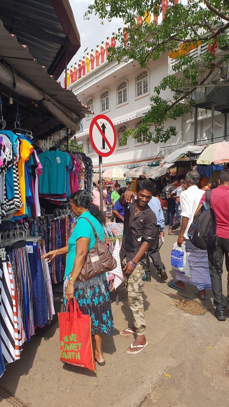 Mercado Pettah - Colombo - Sri Lanka © Viaje Comigo