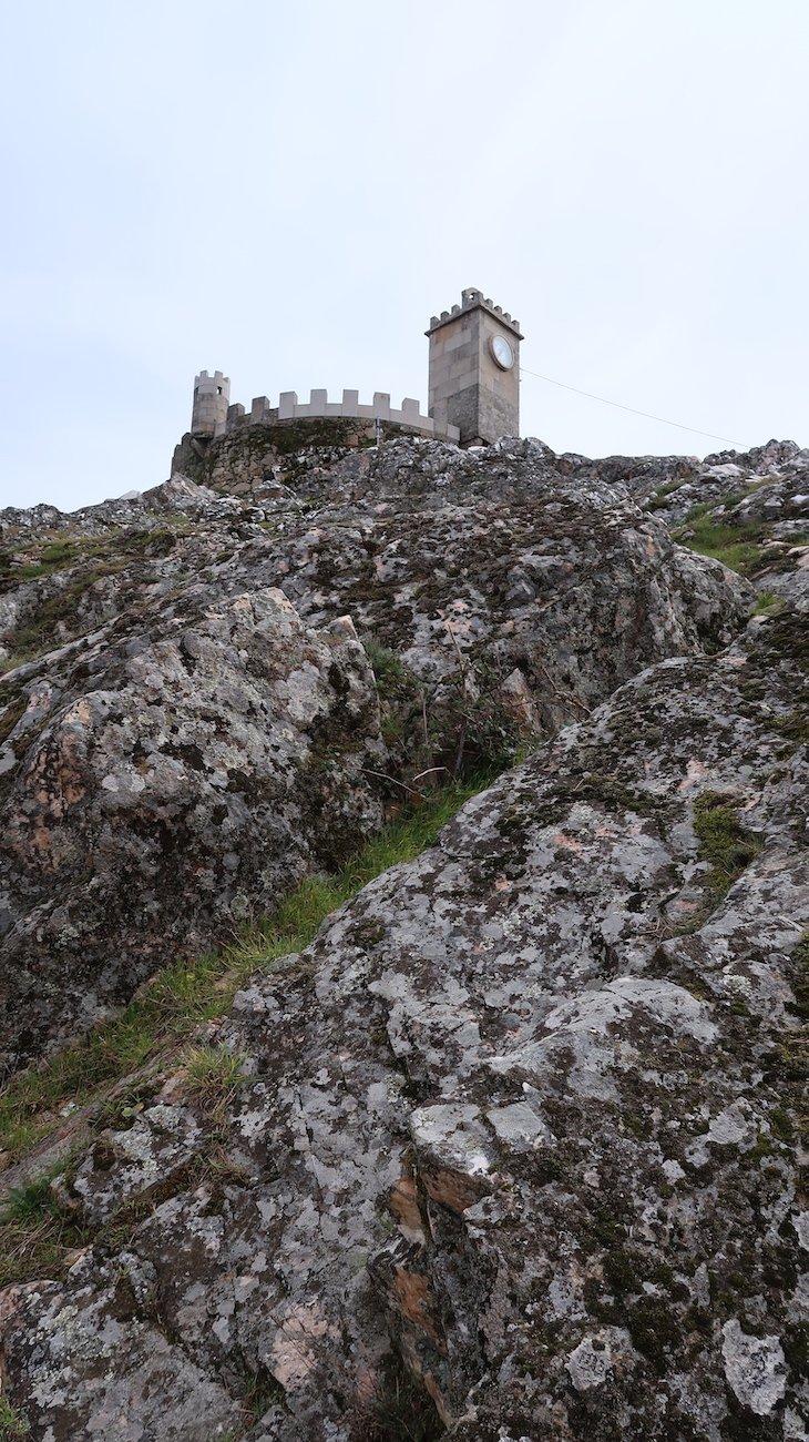 Castelo de Folgosinho - Portugal © Viaje Comigo