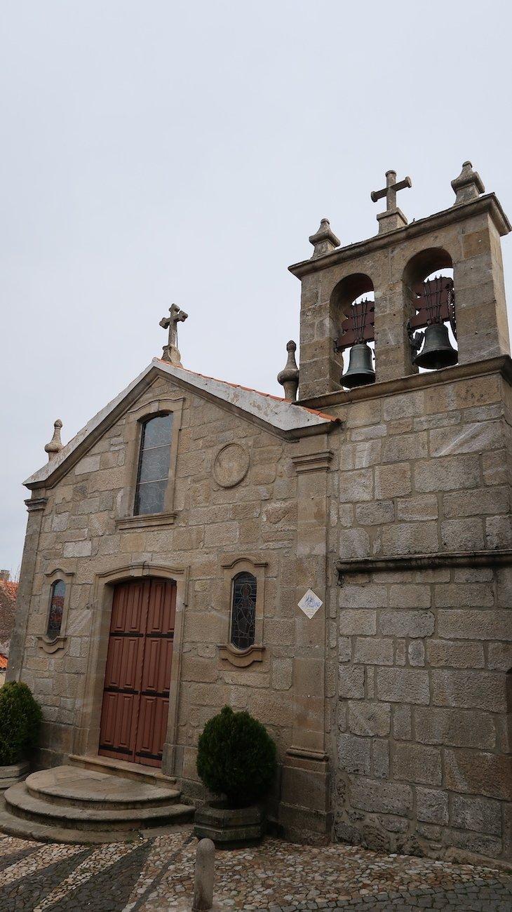 Igreja de Folgosinho - Portugal © Viaje Comigo