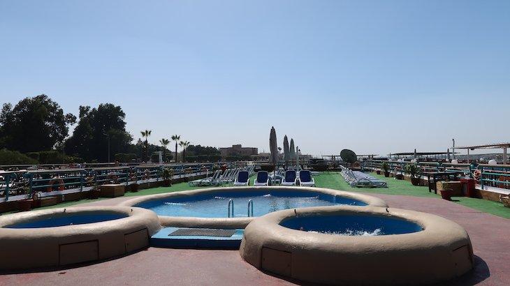 Piscinas do cruzeiro Amwaj - Luxor - Egito © Viaje Comigo