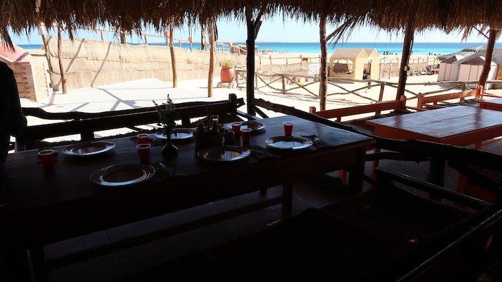 Restaurante na Paradise Island - Giftun Island, Hurghada - Egito © Viaje Comigo