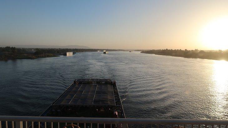 Rio Nilo - Luxor © Viaje Comigo