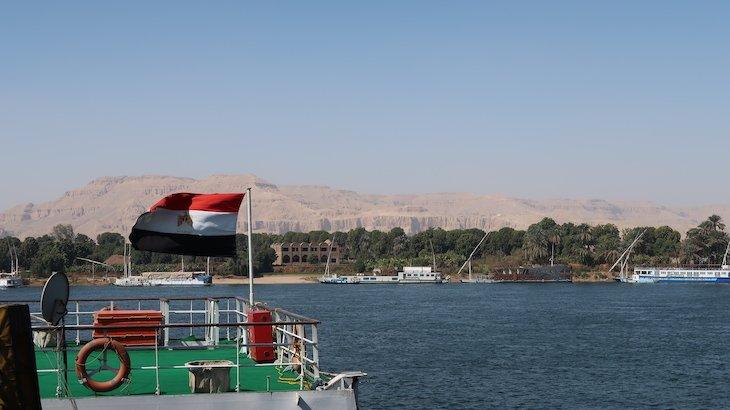 Vista do cruzeiro Amwaj para Vale dos Reis - Luxor - Egito © Viaje Comigo