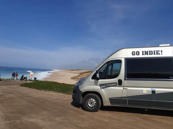 Frente ao Estrela do Norte - Sines - Portugal © Viaje Comigo