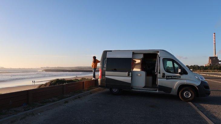 Autocaravana Indie Campers em São Torpes - Sines - Portugal © Viaje Comigo