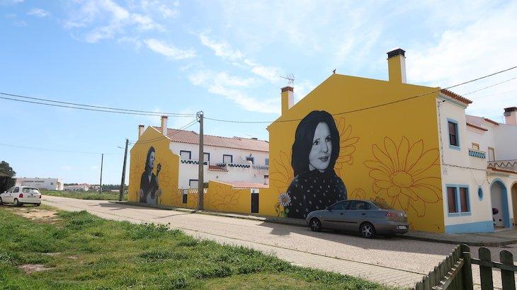 Casas com imagens de Amália em Brejão - Alentejo - Portugal © Viaje Comigo
