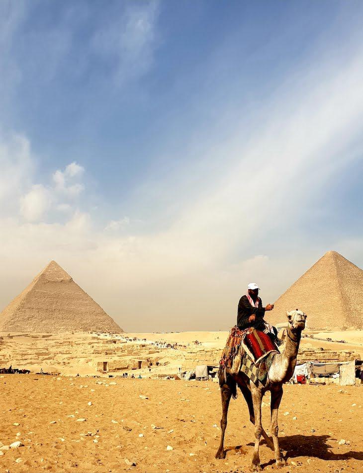 Pirâmides de Gizé - Egito © Viaje Comigo
