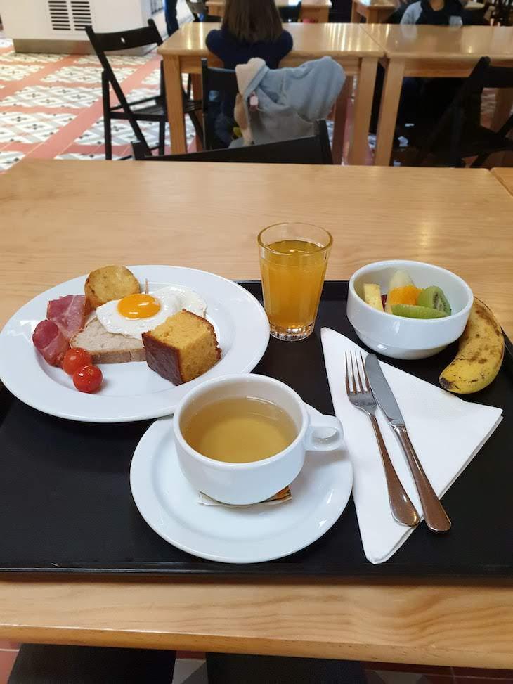 Pequeno-almoço do Zmar Eco Experience - Alentejo - Portugal © Viaje Comigo