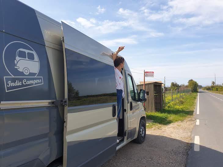 Susana Ribeiro - Indie Campers na estrada - Portugal © Viaje Comigo