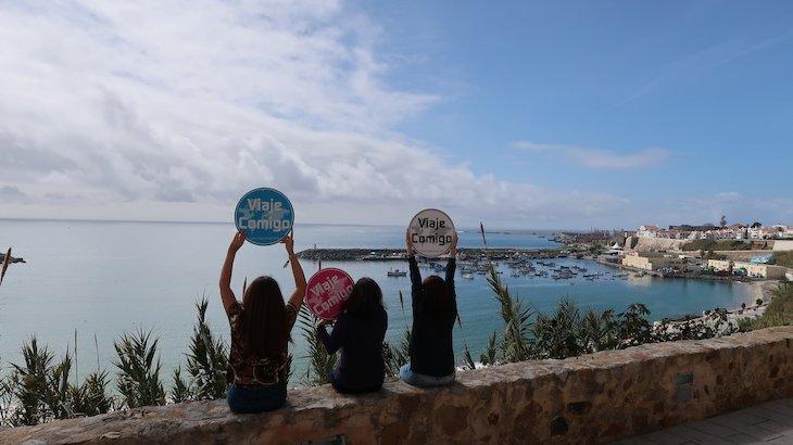 Três amigas - Sines - Portugal © Viaje Comigo