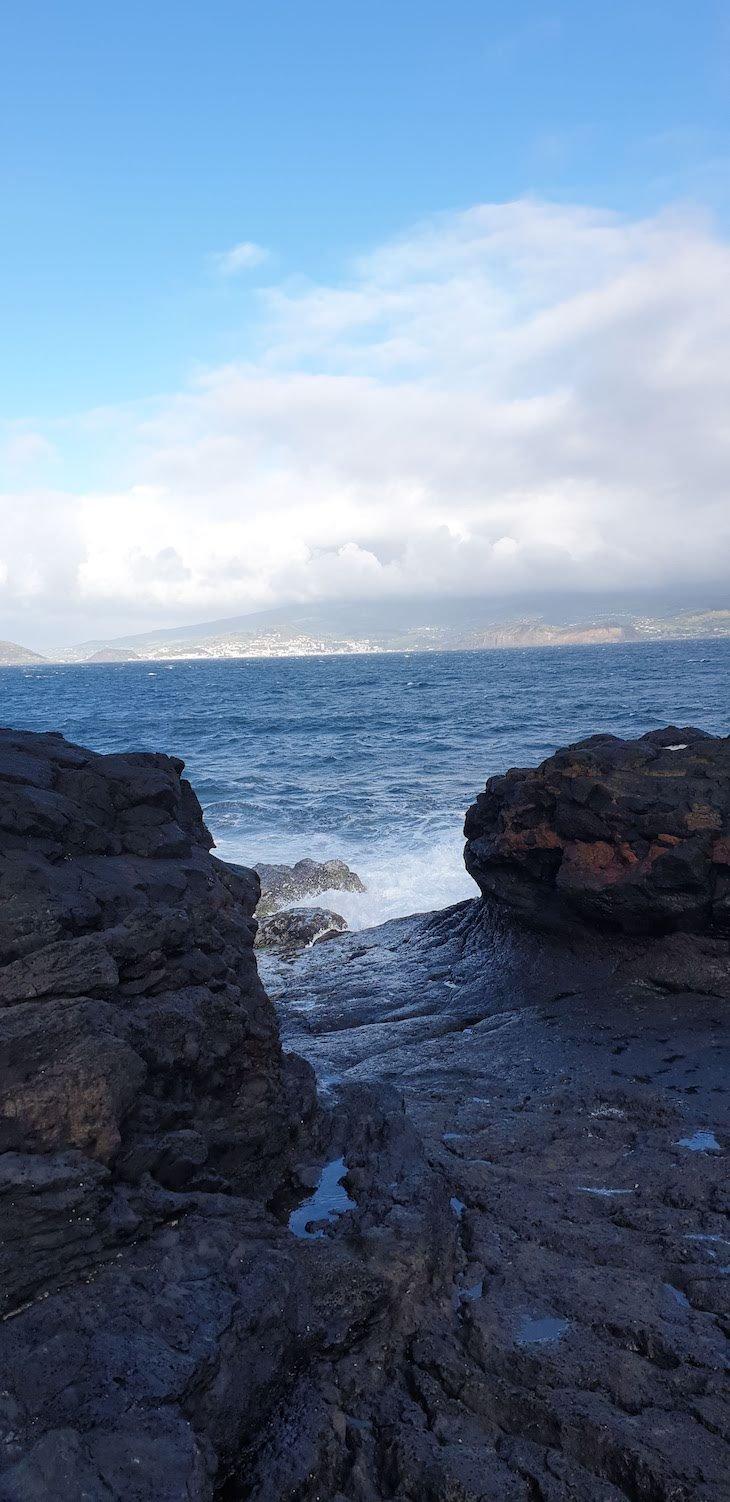 Rola Pipas na Ilha do Pico - Açores © Viaje Comigo