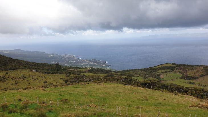 S. Roque a ver S. Jorge - Ilha do Pico - Açores © Viaje Comigo
