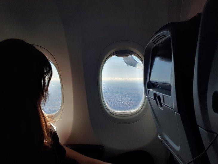 No avião © Viaje Comigo