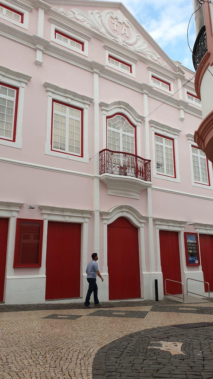 Teatro Angrense - Ilha Terceira - Açores © Viaje Comigo