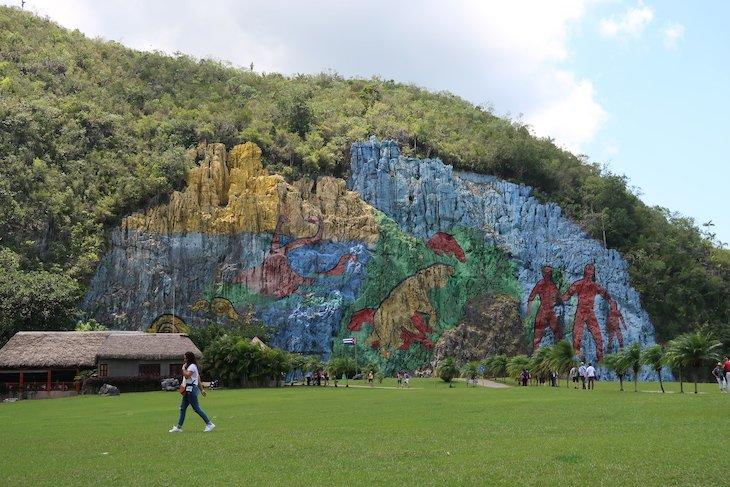 Mural Pré-Histórico, em Pinar del Rio - Cuba © Viaje Comigo