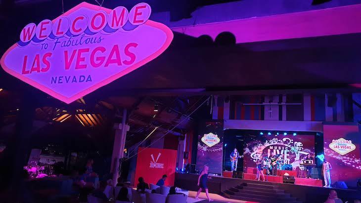 Espetáculos do Club Med Bali - Indonésia © Viaje Comigo