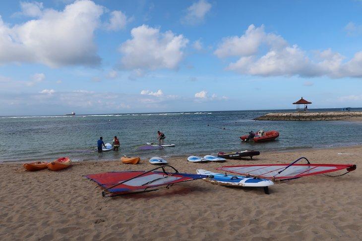 Desportos na água - Club Med Bali - Indonesia © Viaje Comigo