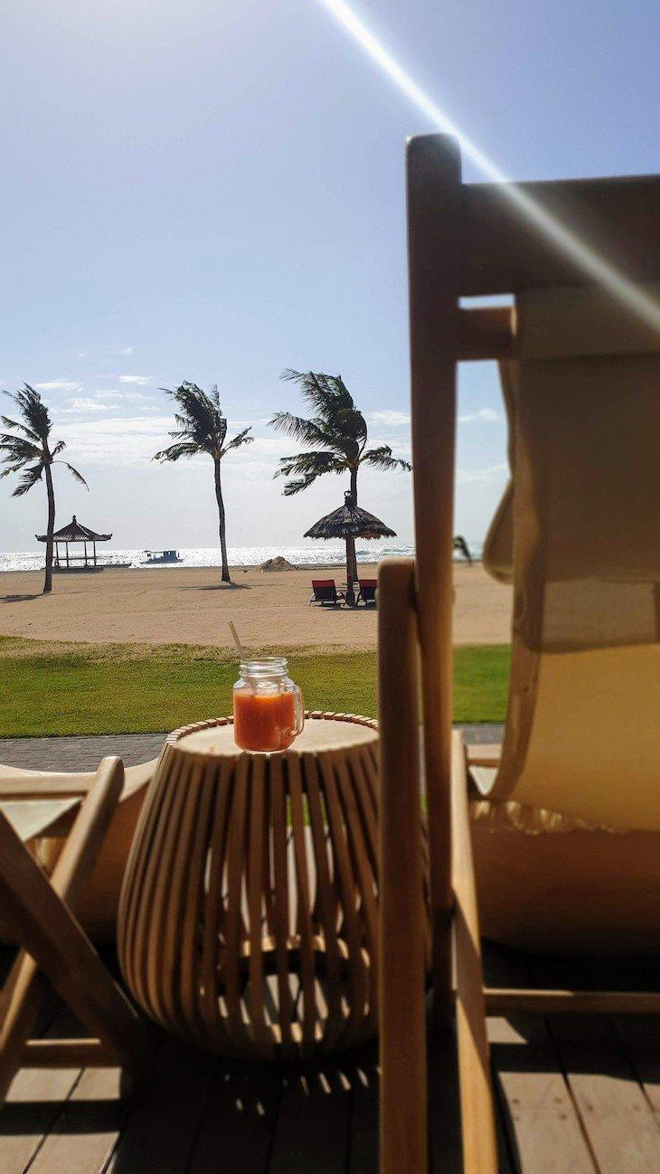 Bar com vista para a praia - no Club Med Bali - Indonésia © Viaje Comigo