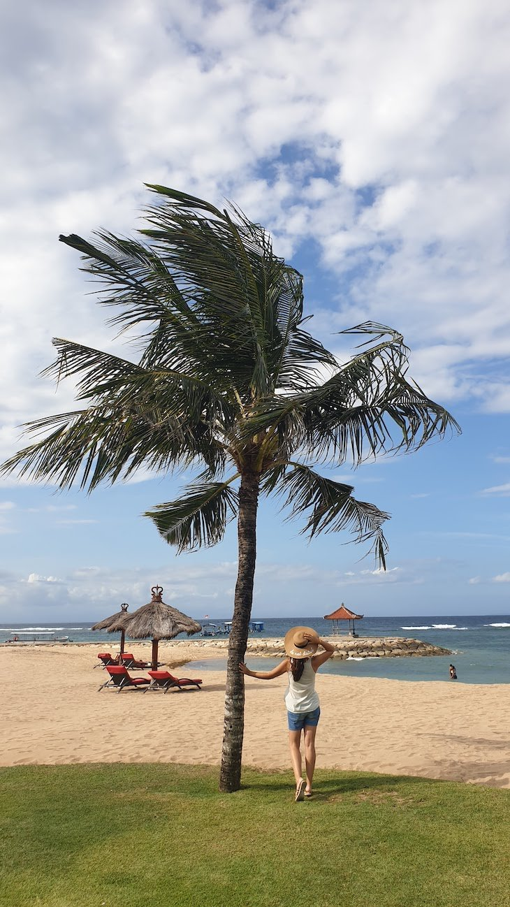 Praia em frente ao Club Med Bali - Indonésia © Viaje Comigo