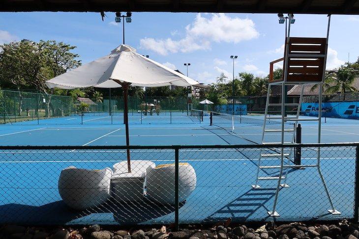 Campos de ténis no Club Med Bali - Indonésia © Viaje Comigo