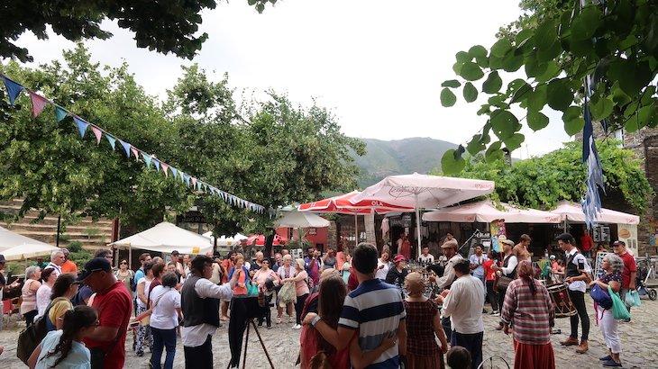 """Evento """"Ciclo 12 em Rede - Aldeias em Festa"""" - Aldeia Histórica de Piódão - Portugal © Viaje Comigo"""