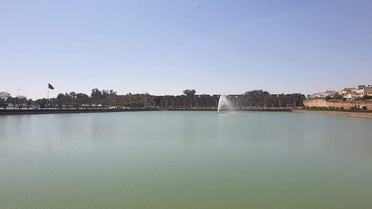 Lago Sahrij Swani em Meknès - Marrocos © Viaje Comigo