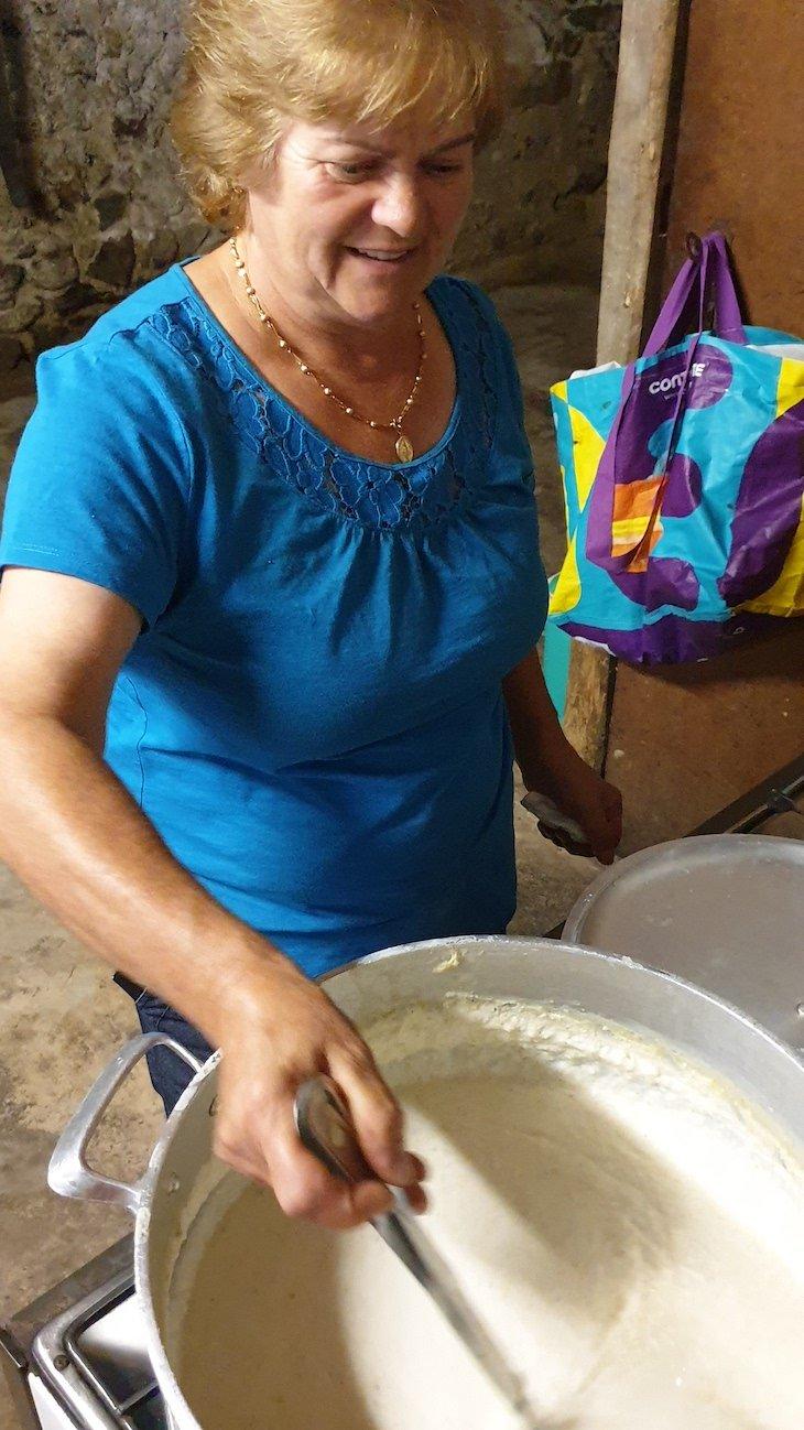 Papas de milho ao lume - Roteiro dos Sabores - Ciclo 12 em Rede - Linhares da Beira - AHP © Viaje Comigo