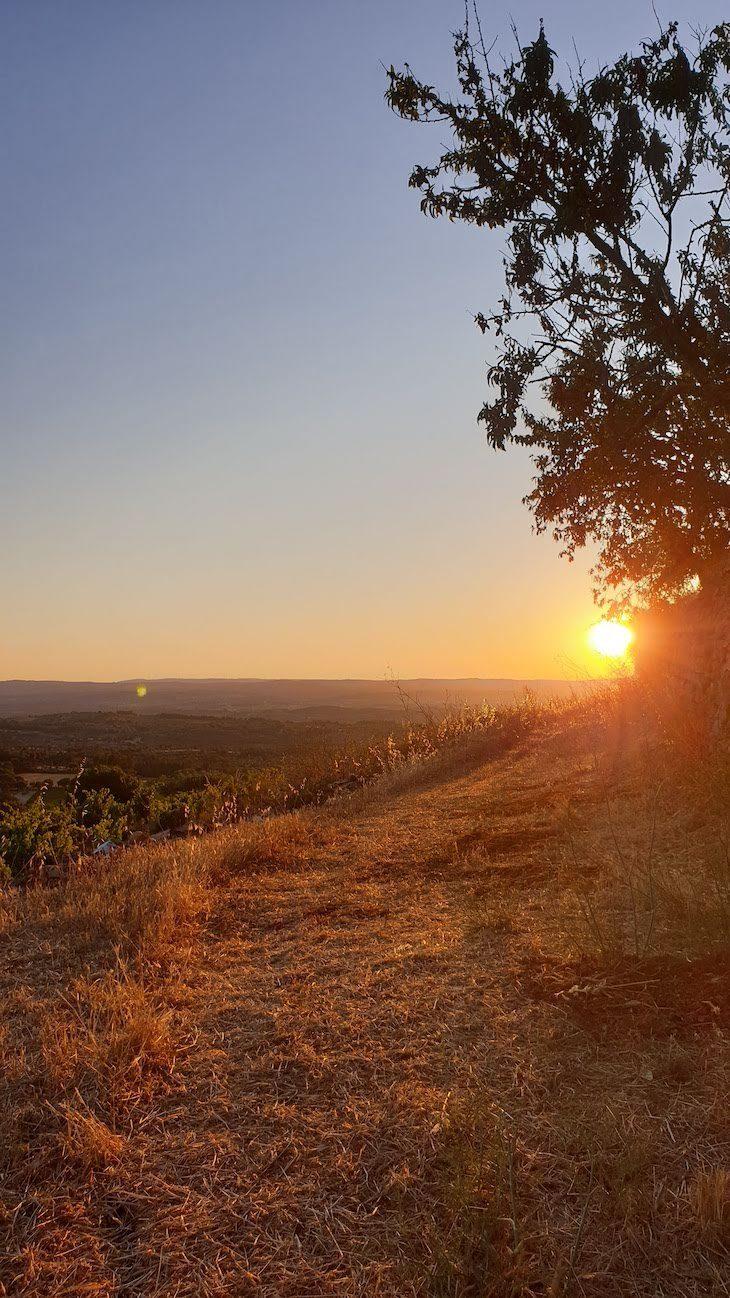 Pôr do sol na aldeia chamada Aldeia, Pinhel - Portugal © Viaje Comigo