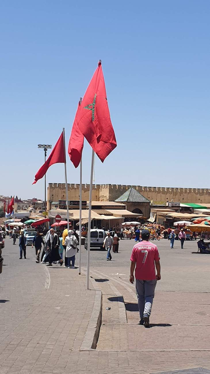 Portugal na t-shirt - Meknès - Marrocos © Viaje Comigo