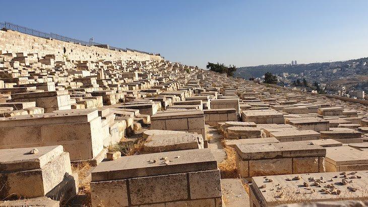Cemitério Judeu do Monte das Oliveiras - Jerusalem - Israel © Viaje Comigo