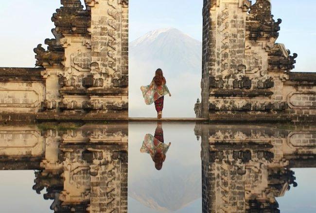 Susana Ribeiro em Lempuyang Temple - Bali - Indonésia © Viaje Comigo