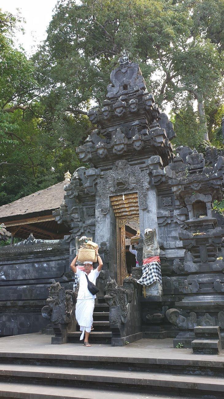Goa Lawah : Templo da Gruta do Morcego - Bali - Indonésia© Viaje Comigo