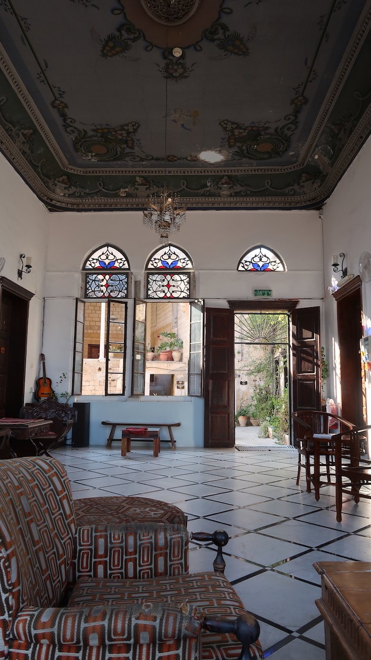 Fauzi Azar by Abraham Hostels - Nazaré - Israel © Viaje Comigo