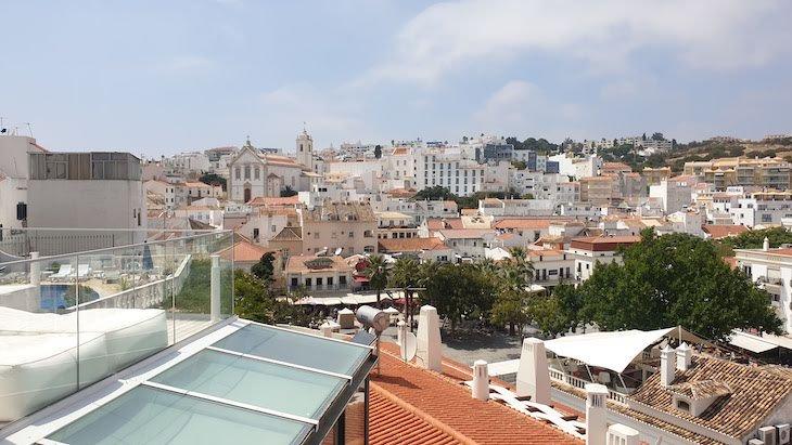 Vista para Albufeira - Hotel Califórnia Urban Beach - Albufeira - Algarve © Viaje Comigo