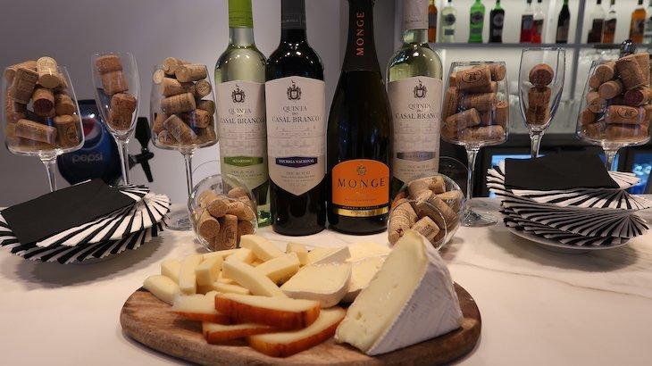 Prova de vinhos e harmonização de queijos - Hotel Califórnia Urban Beach - Albufeira - Algarve © Viaje Comigo