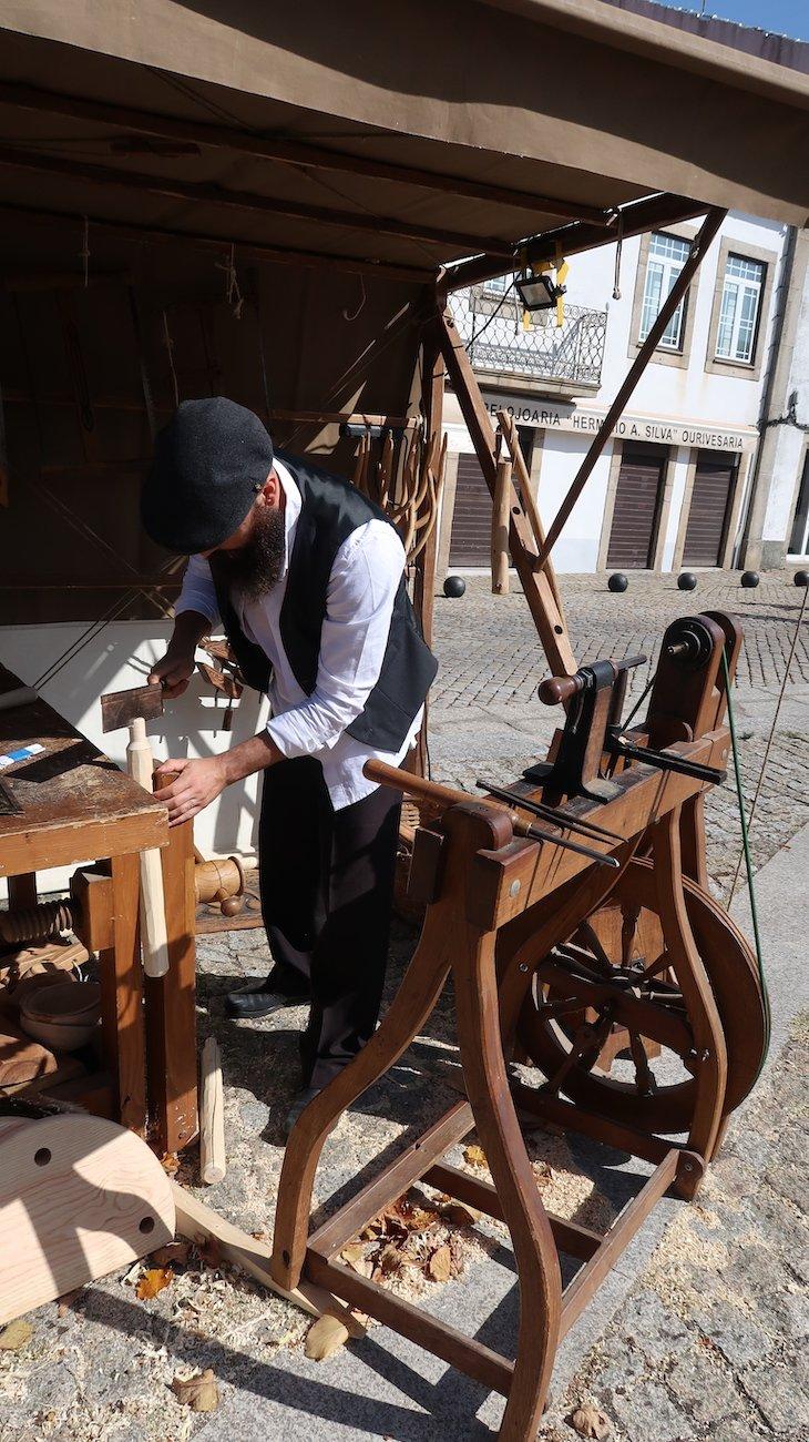 Carpinteiro no Ciclo 12 em Rede - Trancoso - Aldeias Históricas de Portugal © Viaje Comigo
